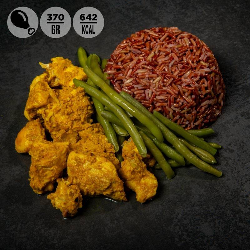 Pollo al curry con riso rosso e fagiolini verdi 100grammi
